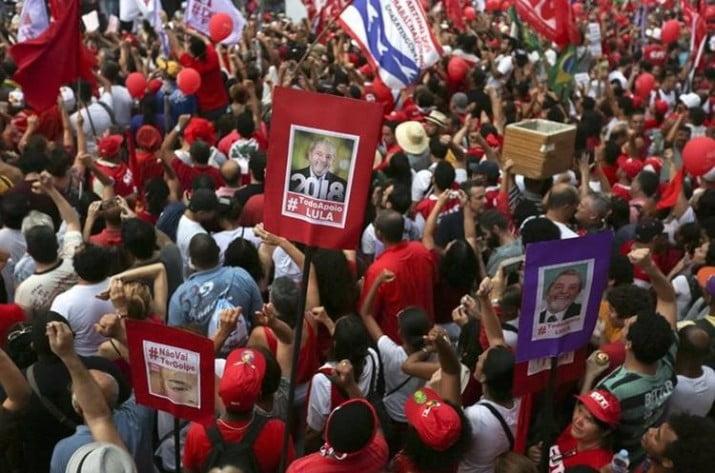 Sindicatos y movimientos sociales salen a la calle contra la condena a Lula