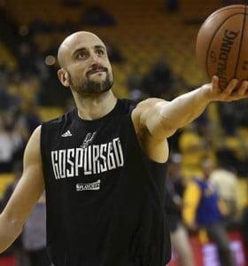 Le queda fuego sagrado: Ginóbili continuará 1 año más en la NBA