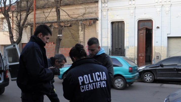 Allanamientos y detenciones por narcotráfico y autos robados