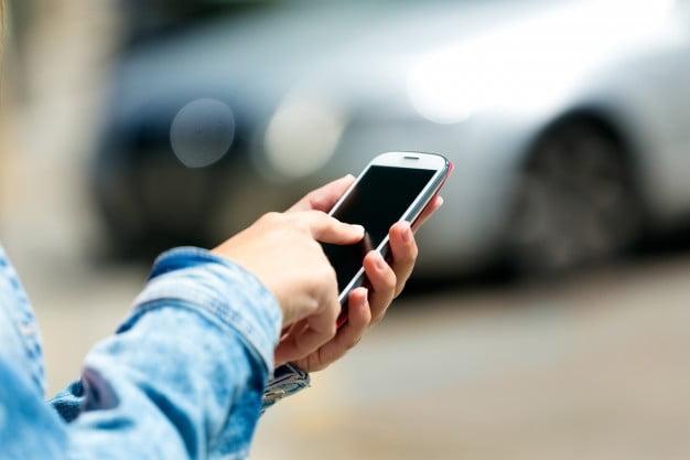 Los celulares podrían afectar el sueño y peso de los niños