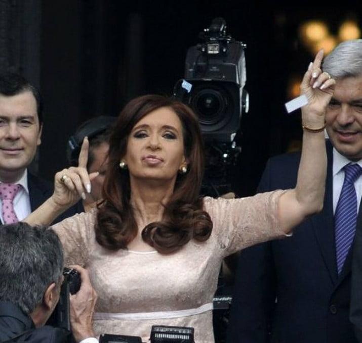 Cristina no pudo viajar a Río Gallegos y esta noche estará en el club Arsenal