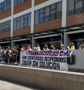 """Conicet: los becarios excluidos continúan con """"la toma pacífica"""" del edificio"""