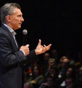 En campaña, Macri y Vidal anunciaron suba de jubilaciones en Provincia