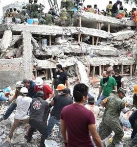 Son ya 250 los muertos por el terremoto en México y hay miles de personas sin hogar