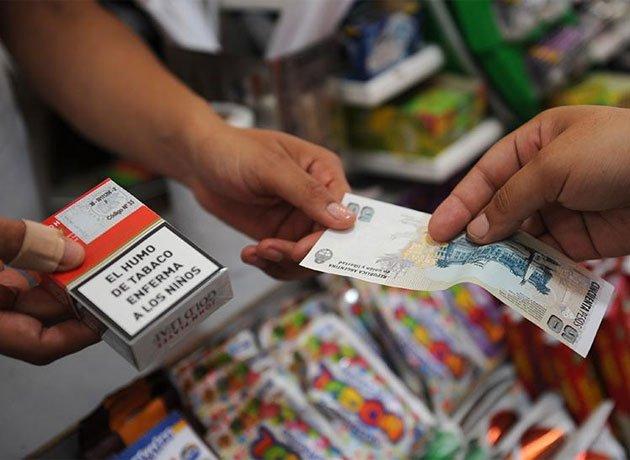 El precio de los cigarrillos aumentará 4% desde el lunes