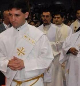 Sacerdote fue procesado por abusar sexualmente de una adolescente de 13 años