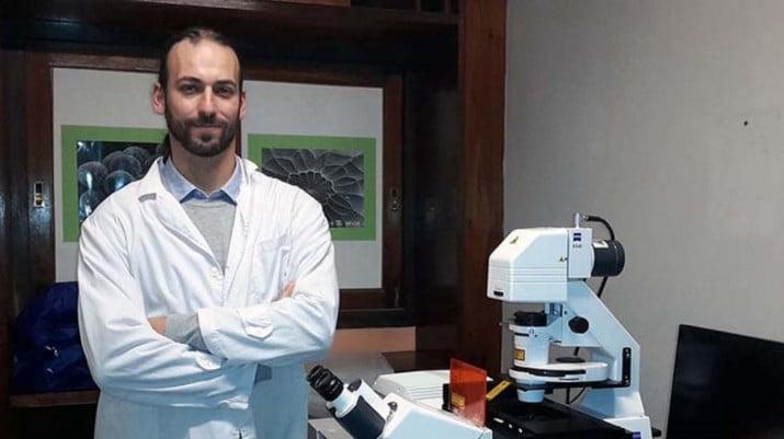 Un científico argentino identificó las causas del avance del cáncer de piel