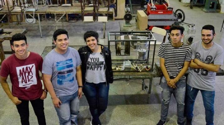Crean la primera máquina expendedora de agua, yerba y azúcar