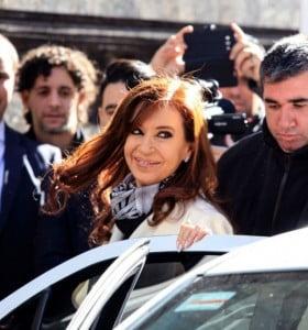 Cristina se alinea con los sindicatos contra la reforma laboral
