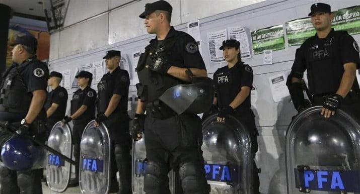 """Policías jubilados no cobrarán plus por """"alta dedicación operativa"""""""