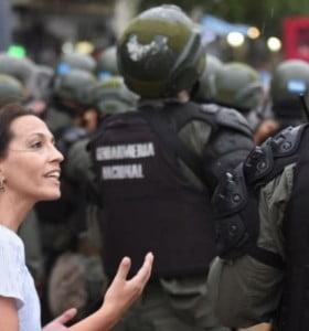 Tras la represión, corren a Gendarmería y el lunes habrá policías de la Ciudad