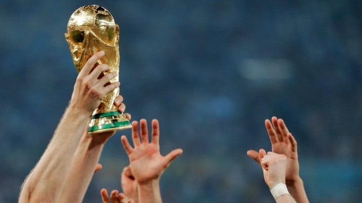 La FIFA analiza mudar el Mundial de 2022 a América