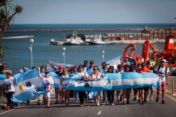 ARA San Juan: familiares denuncian una estrategia de desgaste de la Armada