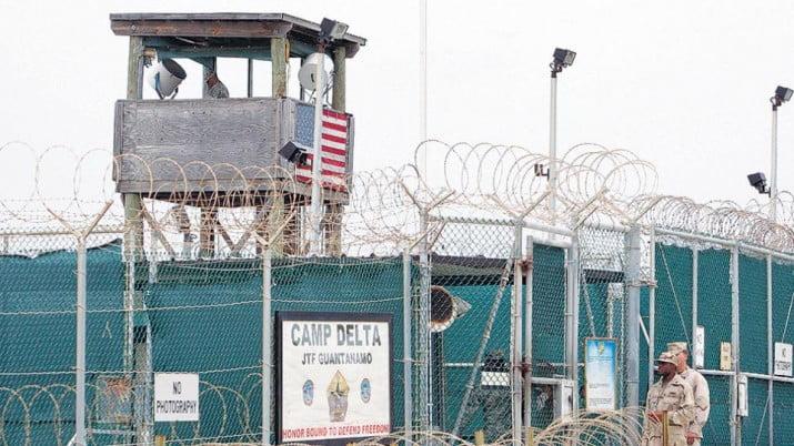 Condena por Guantánamo