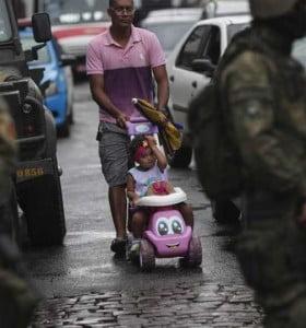 Temer les dio más poder a los militares brasileños