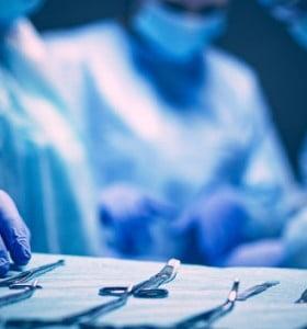 Argentina registra más efectos adversos en salud que los países vecinos