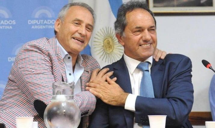 Scioli formalizó su sociedad con Macri para ir por los clubes S.A.
