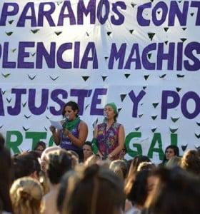La Marcha y el Paro de mujeres se sintió en Bahía