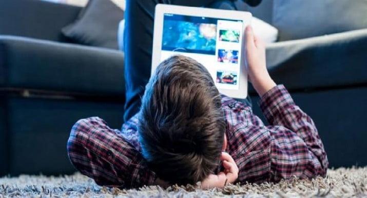 El 60% de los niños recibió solicitudes de extraños en Internet