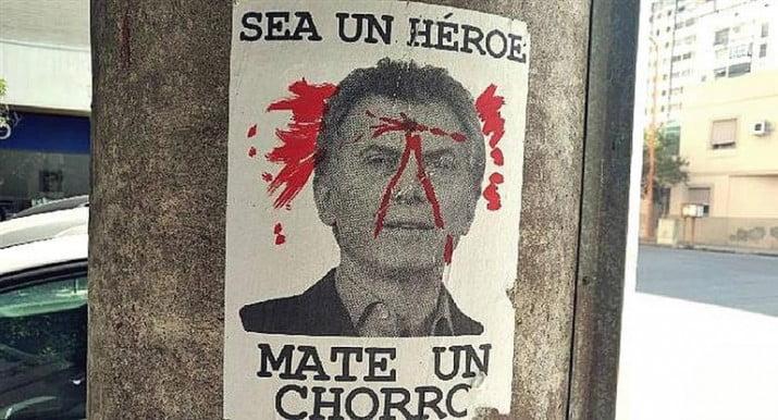 Aparecieron afiches amenazantes contra Macri en Bahía Blanca