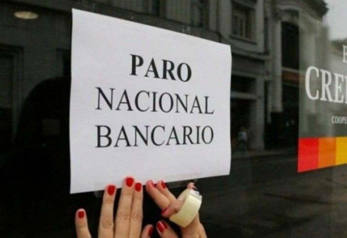 Paro y movilización de los bancarios