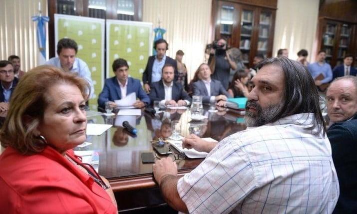 Este viernes, el gobierno de Vidal y los docentes retoman la discusión salarial