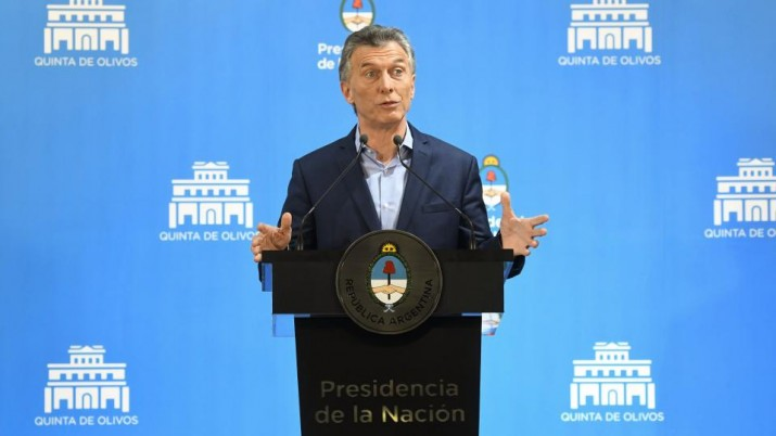 Macri va por más ajuste