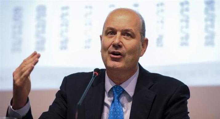 """""""El mercado nos está diciendo que no confía en nuestra política monetaria"""""""