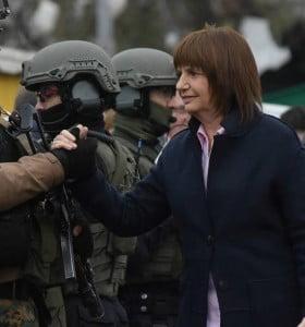 Conflictividad social, Macri despliega militares y gendarmes