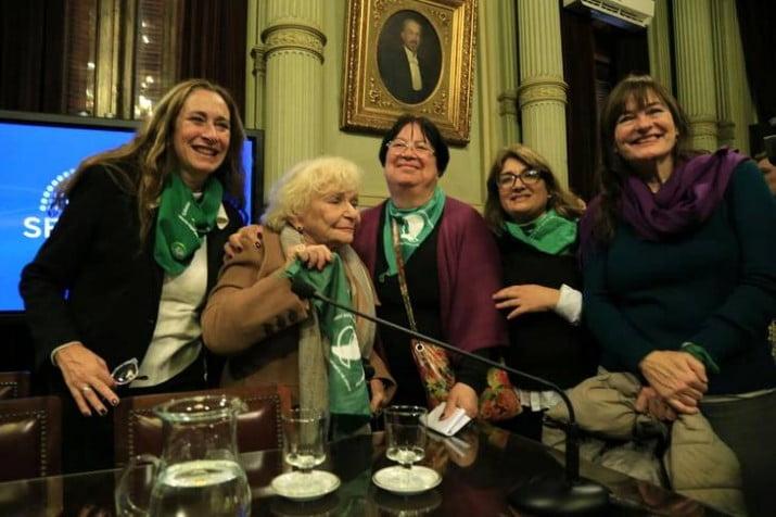 La marea verde entró con ímpetu al Senado