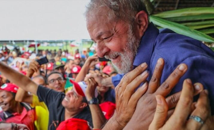 En prisión, Lula lanzará su candidatura presidencial