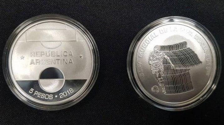 El BCRA presentó moneda de colección conmemorativa del Mundial de Rusia