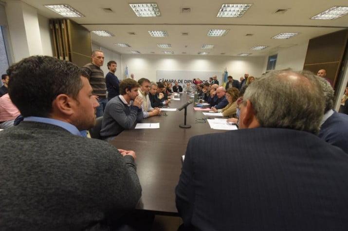 Vidal a un paso de eliminar las tasas municipales de las tarifas