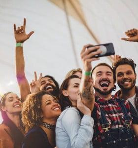 Solo el 6% festejará el Día del Amigo en restaurantes