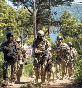 La Federal desalojó a los mapuches de Villa Mascardi