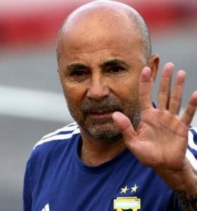 Sampaoli arregló su salida de la Selección con la AFA
