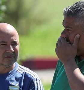 Tapia y Sampaoli se reúnen mano a mano por la continuidad o la renuncia