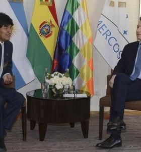 Evo prepara un plan anti impacto por la crisis Argentina