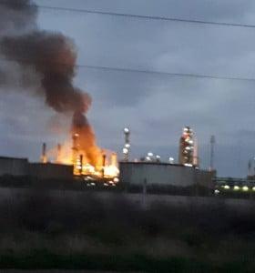 Incendio y explosión en Refinería Bahía Blanca