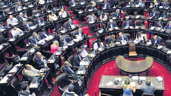 Por presión del Congreso, derogan el ajuste a las asignaciones familiares
