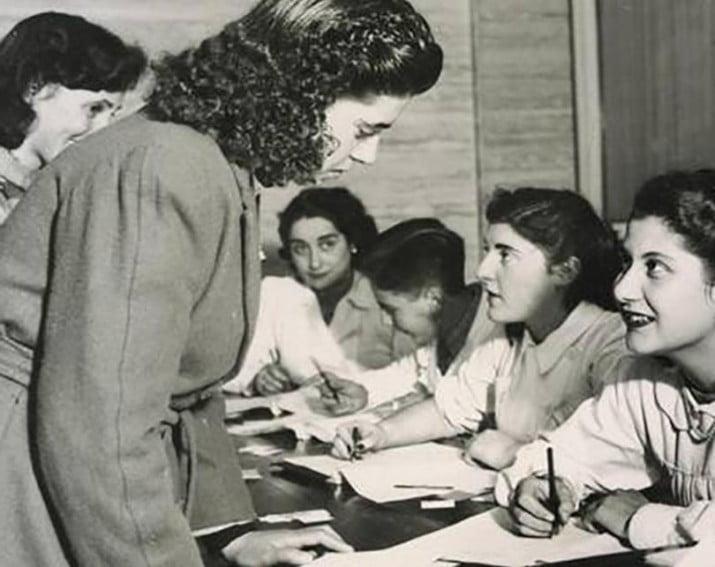 Un día como hoy…de 1947 se aprobó la Ley 13.010 de sufragio femenino
