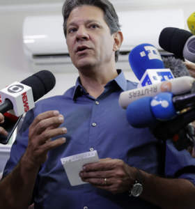 Haddad denunció las fake news de Bolsonaro
