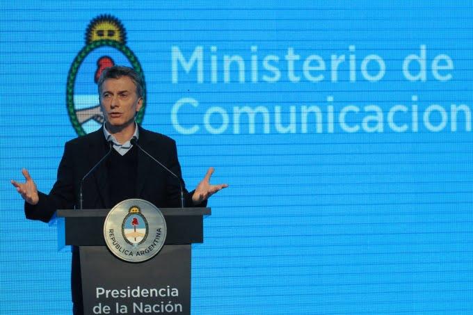 """Macri: """"Esta es la primera vez que la Argentina pasa una devaluación del 100% sin cambiar de Presidente"""""""