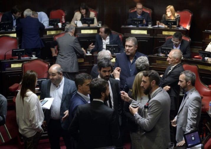 Senado dio ingreso al Presupuesto en sesión exprés