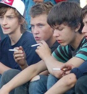 Tabaquismo joven, desmitificando las nuevas formas de consumo