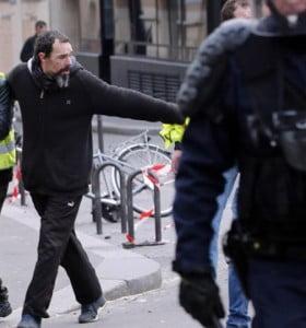 Arde Francia: casi 600 detenidos por protesta contra Macron