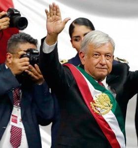 Asumió López Obrador con la promesa de cambio