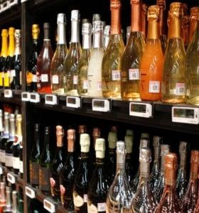 Cambio de horario en la venta de bebidas alcohólicas: la veda inicia a las 23hs