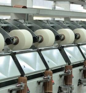La industria se desplomó un 9,4% en noviembre, según la UIA