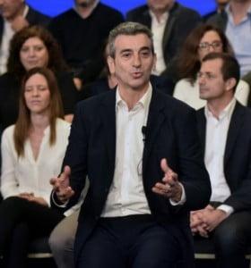 Randazzo y Britos buscan que la polarización no se los devore